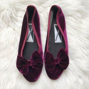 Vintage Mootsie Tootsie Velvet Bow Shoes 686